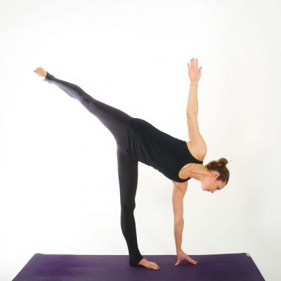 Yoga Asana I HALBMOND I myyogaflows