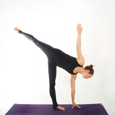 Yoga Asana I HALBMOND I myyogaflows