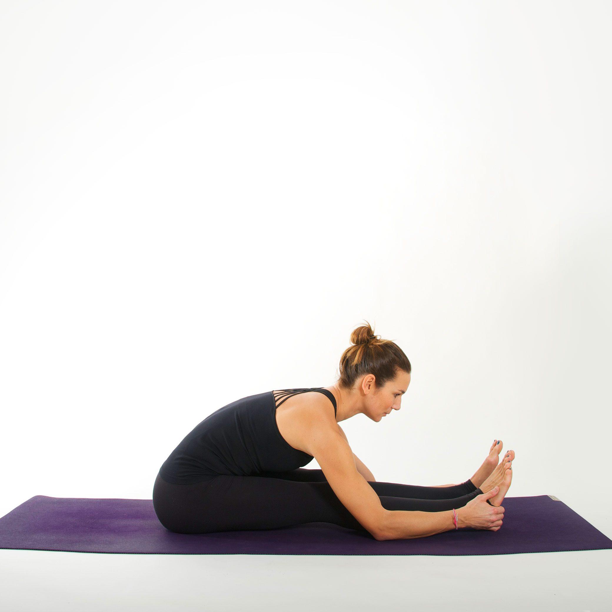 Yoga Asana I SITZENDE VORBEUGE I myyogaflows